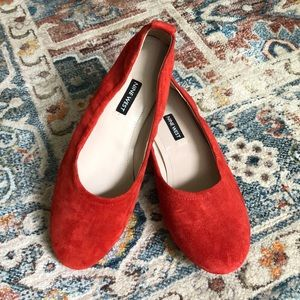 Nine West Greige Red Suede Leather Flats